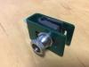 Držák panelu 3D tvar U s bezpečnostní maticí