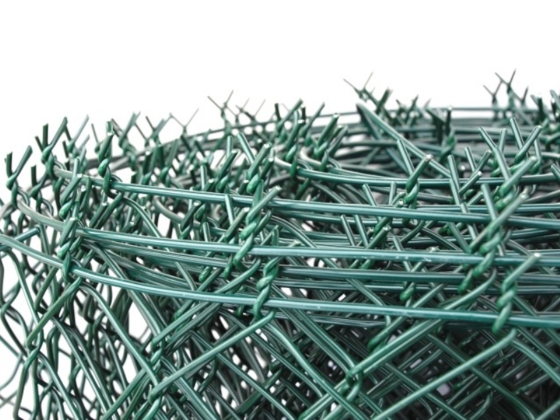 Zelené pletivo s napínacím drátem výška 125 cm balení 15 metrů